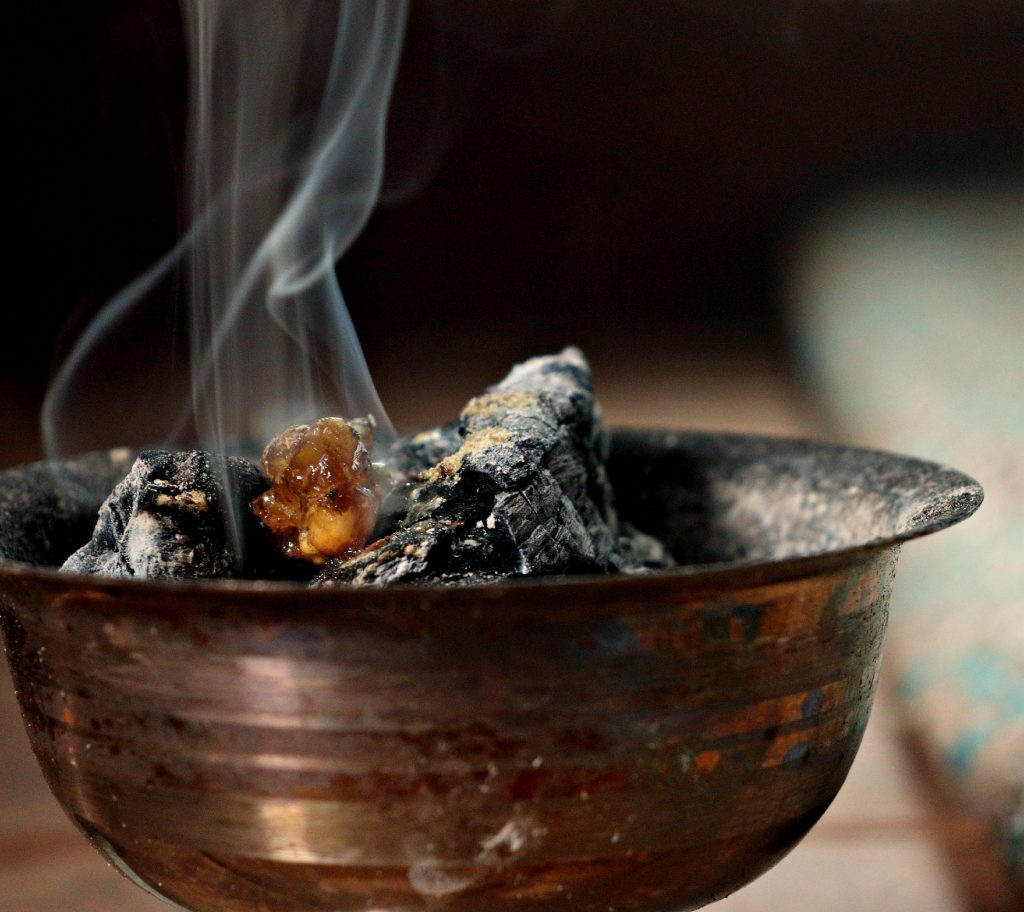How To Use Resins As Incense House Of Light